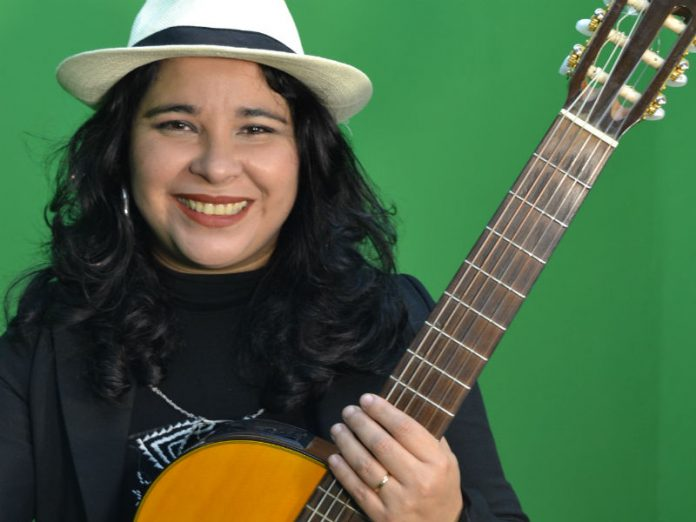 Carolina-Miño-1-696x522